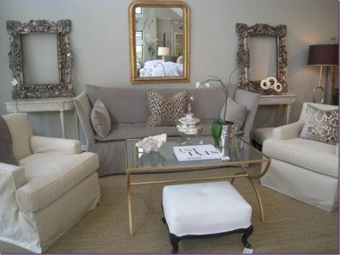 velvet_couch_-_cote_de_texas