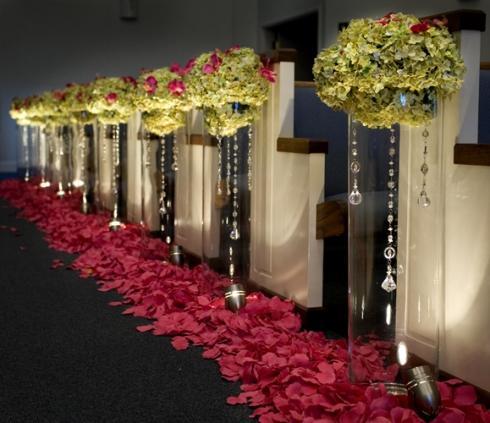 tif_aisle-vase-hanging-jewe