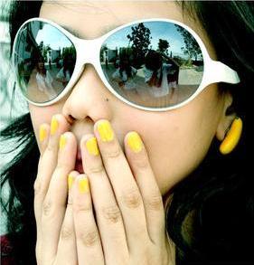 yellow663215i5p9vfh9w9