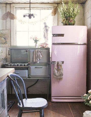 pink-refrigerator-de