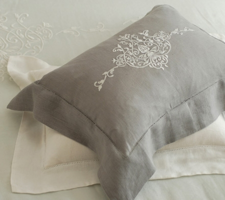 main-bed-shams-classica