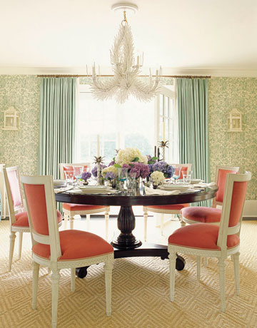 pink_chair_dining_room
